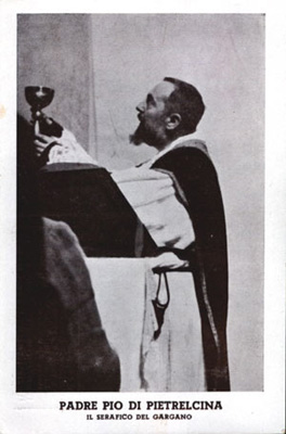 1932 Padre Pio courtesy of Archivio Alberindo Grimani