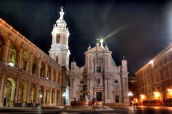Loreot Basilica by night